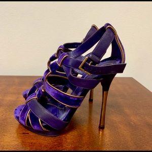 GUCCI Purple Suede Heels